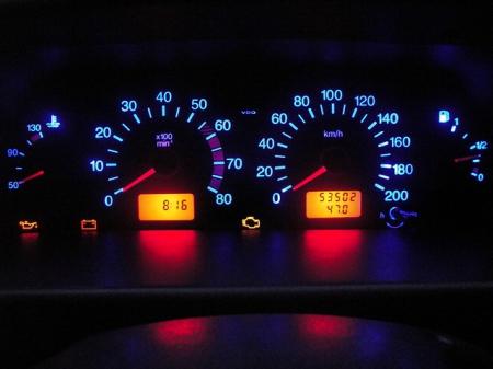 Можно ли сбросить электрический одометр на автомобиле
