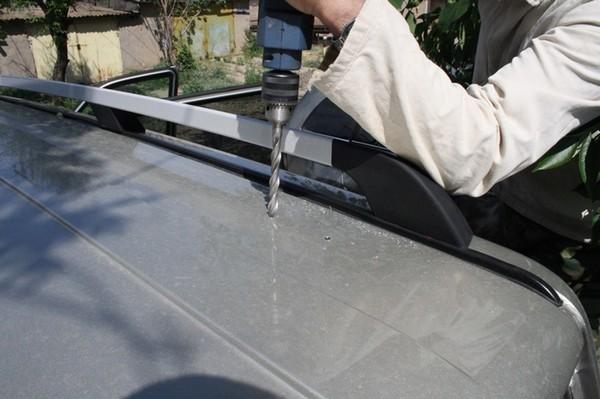 Установка рабочего света на крышу УАЗ Patriot