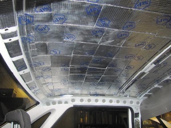 шумоизоляция потолка лада приора