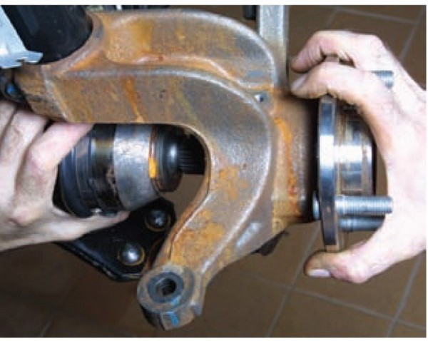 Замена ступичного подшипника на форд фокус 3 своими руками