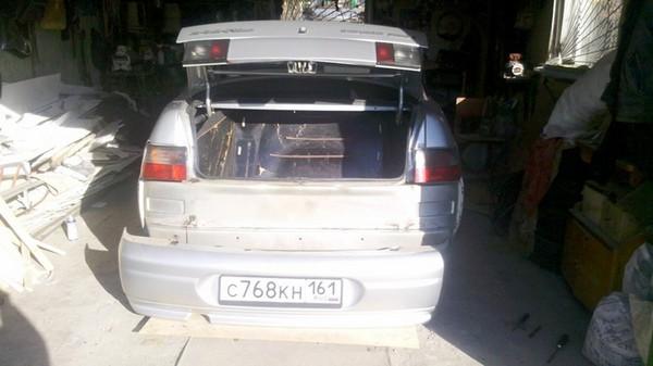 Установка дефлекторов вытяжной вентиляции в багажник ВАЗ 2110